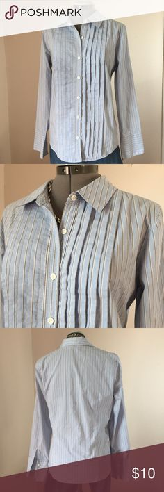 "Old Navy Baby Blue Pinstripe Pleated Top Old Navy Baby Blue Pinstripe Pleated Button Down Top. The Stripes are gray, see close up. The front pleats add a feminine touch. Size L measures: 16"" across shoulders, 20"" across chest, 26"" long, 24"" sleeve. 62% cotton, 38% poly. 319/25/032517 Old Navy Tops Button Down Shirts"