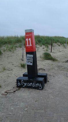 De Branding bij paal 11 Branding, Mailbox, Outdoor Decor, Home Decor, Island, Brand Management, Mail Drop Box, Decoration Home, Room Decor