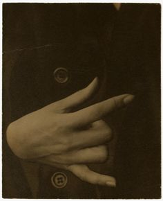 The Alfred Stieglitz Collection | Georgia O'Keeffe—Hand, 1918