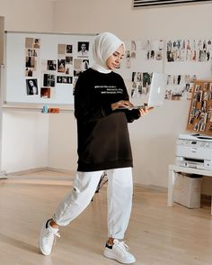 Modern Hijab Fashion, Muslim Women Fashion, Street Hijab Fashion, Hijab Fashion Inspiration, Modest Fashion, Casual Hijab Outfit, Hijab Chic, Casual Outfits, Mode Outfits
