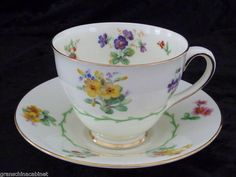 ROYAL DOULTON #V1566 cup & saucer (Duo) Posies MADE IN ENGLAND