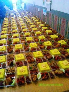 Bento Box, Lunch Box, Mie Goreng, Catering Food, Beverage Packaging, Surabaya, Tapas, Meal Prep, Bakery