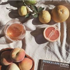 Shared by Evelina Jansson. Find images and videos about summer, aesthetic and fruit on We Heart It - the app to get lost in what you love. Summer Aesthetic, Aesthetic Photo, Aesthetic Food, Aesthetic Pictures, Quote Aesthetic, Fred Instagram, Enjoy The Little Things, Italian Summer, Brunch Outfit
