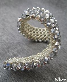 sparkly bracelet how to