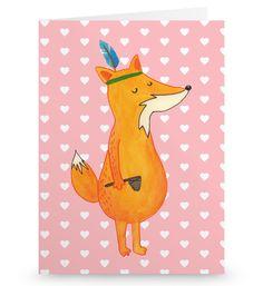 Grußkarte Fuchs Indianer aus Karton 300 Gramm  weiß - Das Original von Mr. & Mrs. Panda.  Die wunderschöne Grußkarte von Mr. & Mrs. Panda im Format Din Hochkant ist auf einem sehr hochwertigem Karton gedruckt. Der leichte Glanz der Klappkarte macht das Produkt sehr edel. Die Innenseite lässt sich mit deiner eigenen Botschaft beschriften.    Über unser Motiv Fuchs Indianer  Die Fox-Edition ist eine besonders liebevolle Kollektion von Mr. & Mrs. Panda. Jedes Motiv ist - wie immer bei Mr…