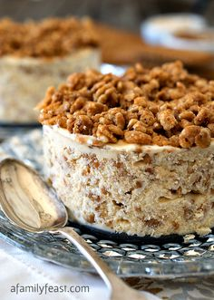 Biscoff Crunch Ice Cream Cake - 3 simple ingredients combined to make a fantastic dessert!!