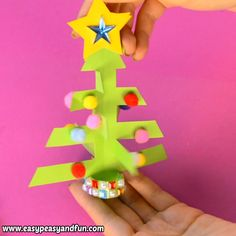 Simplest Paper Christmas Tree Craft – Print or Make with Construction Paper - Kindergarten Basteln Handmade Christmas Decorations, Christmas Ornament Crafts, Christmas Art, Holiday Crafts, Simple Christmas, Preschool Arts And Crafts, Fun Arts And Crafts, Kindergarten Crafts, Craft Projects For Kids