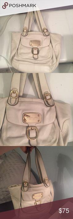 Cream leather Michael Kors handbag Cream leather Michael Kors handbag with gold accents. Used but in good condition. Michael Kors Bags Shoulder Bags