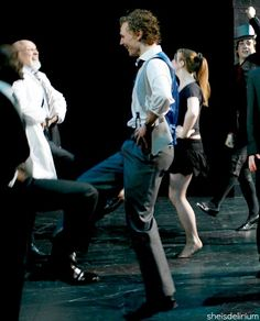 Hiddles dancing!