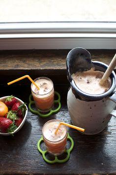 Strawberry Mandarin Agua Fresca Recipe: Fresh mandarin juice blended with strawberries and a touch of honey. | ¡HOLA! JALAPEÑO
