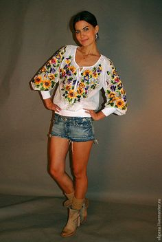 Hand embroidered white blouse Forget me not