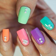 Nail Art | via Tumblr