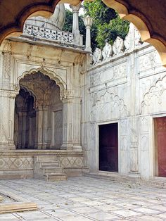 The Pearl Masjid Mughal Architecture, Amazing Architecture, Art And Architecture, Architecture Details, Beautiful Mosques, Arabic Design, Moroccan Design, Place Of Worship, Moorish