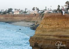 engagement photography locations, San Diego cliffs, engaged, photo, ocean, beach, heights, GilmoreStudios.com