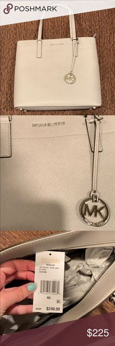 9f91b692dd59 Michael Kors Pearl Grey Morgan Large Tote Michael Kors Pearl Grey Morgan  Large Tote. Never