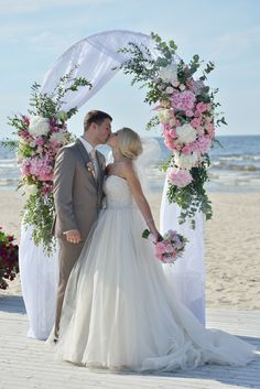 wedding, wedding arch, свадебная арка на берегу моря