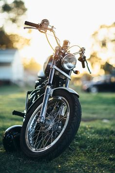 A classic Harley-Davidson at rest at the 2017 Machine Show, in Braidwood, Australia.