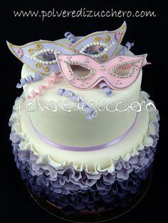 carnival ruffle cake  torta di carnevale e passo passo la trovate sul sito del corriere della sera! http://cake.corriere.it/2013/01/26/maschere-di-carnevale/#more-1808