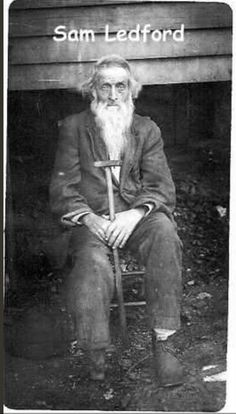 Born in the Appalachian Mountains of NC. Sam… Born in the Appalachian Mountains of NC. Appalachian People, Appalachian Mountains, Vintage Photographs, Vintage Images, Vintage Men, American Civil War, American History, Old Pictures, Old Photos