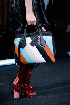 Louis Vuitton Spring 2015 Ready-to-Wear - Details - Gallery - Look 2 - Style.com