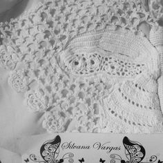 Irish crochet white cardigan I´m working on! Cardigan em crochet irlandês que estou trabalhando no momento.No automatic alt text available.