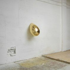 Anish Kapoor // Fibreglass, copper, silver and gold plate