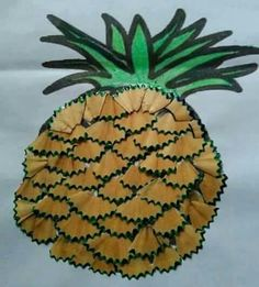 Pineapple craft and art ideas Paper Crafts For Kids, Preschool Crafts, Diy For Kids, Arts And Crafts, Art Drawings For Kids, Drawing For Kids, Vegetable Crafts, Pencil Crafts, Fruit Crafts