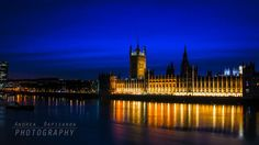 The Parliament by night by Andrea  Rapisarda on 500px