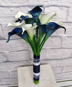 Calla lily wedding bouquet is designed from our real touch flower collection. These callas are so soft to touch & look very real. There are 14 navy / white mini calla lilies in this bouquet. Each calla bloom measures 2 Lily Bouquet Wedding, Calla Lily Bouquet, Purple Bouquets, Blue Wedding Flowers, Calla Lillies, Blue Bouquet, Wedding White, Bridesmaid Bouquets, Bride Bouquets
