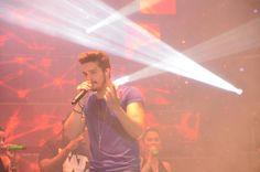 Luan Santana emociona multidão em show em Santa Catarina