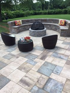 Delightful Artistic Pavers Updated This Outdoor Living Space With Cambridge  Pavingstones, Wallstones And A Cambridge Fire Pit.