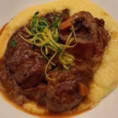Osso buco is a dish that hails from the Lombardia region of Italy. There are plenty of evenings to cook this great meal for that special someone. Veal Recipes, Cooking Recipes, Risotto Milanese, How To Cook Orzo, Italian Table, Short Ribs, Stuffed Peppers, Meals, Kitchens