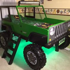 Jeep Bed Plans – Twin Size Car Bed – Finance tips, saving money, budgeting planner Jeep Bed, Kids Car Bed, Jeep Wrangler Accessories, Murphy Bed Plans, Murphy Beds, Childrens Beds, Decorate Your Room, Cool Beds, Kid Beds