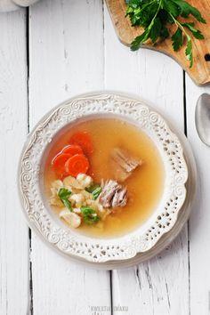 Rosół z indyka - turkey soup Turkey Broth, Turkey Soup, My Favorite Food, Favorite Recipes, Polish Recipes, Polish Food, Beautiful Soup, Soup Kitchen, Healthy Soup Recipes