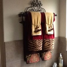 Bought some super cute remnants from an expensive interior fabric store at Bathroom Towel Decor, Bath Decor, Bathroom Ideas, Tuscan Bathroom, Master Bathroom, Tuscan Decorating, Decorating Ideas, Decor Ideas, Tuscan House