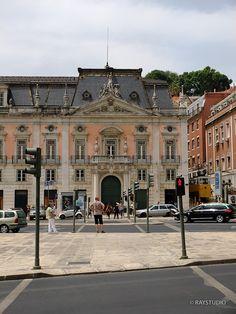 Palacio Foz,  Praça dos Restauradores(Restauradores square).  It is now the national tourism office.