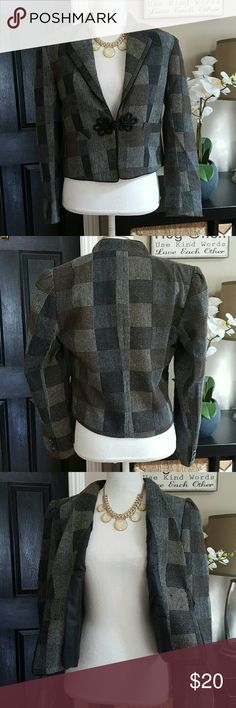 """Frank Lee Vintage inspired Blazer Size / material label removed. So plz see measurements. Aprox Shoulder to shoulder across laying flat 15"""" wide, arm pit to armpit (chest) 18"""" , 19"""" length.  In excellent condition. Frank Lee Jackets & Coats Blazers"""