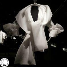 Gianfranco Ferré - Autumn Winter 1991 - Gianfranco Ferré #fashion #exhibition at the Textile Museum of Prato ( #Italy ) #madeinitaly #vintage #whiteshirt