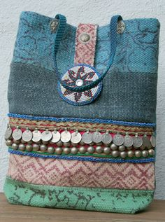 Handmade Tribal Kelim Bag by KussenvanPaula on Etsy Handmade Tribal Kilim Bag by KussenvanPaula on Etsy Dance Belt, Estilo Hippie, Oldschool, Handmade Purses, Boho Bags, Denim Bag, Blue Beads, Small Bags, Beautiful Bags