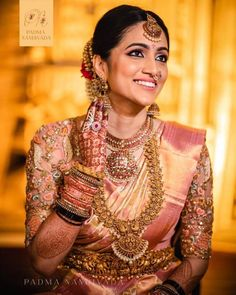 Traditional South Indian Bridal Makeup Looks We Absolutely Loved! - Jyoti Anumolu - Traditional South Indian Bridal Makeup Looks We Absolutely Loved! Traditional South Indian Bridal Makeup Looks We Absolutely Loved! Bridal Sarees South Indian, South Indian Bridal Jewellery, Bridal Silk Saree, Indian Bridal Fashion, Indian Bridal Wear, South Indian Makeup, Bride Indian, South Indian Weddings, Indian Wedding Makeup