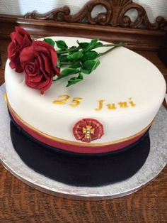 Graduation cake with roses