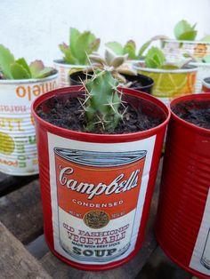 Reciclo latas para realizar mini jardines con cactus y otras plantitas!