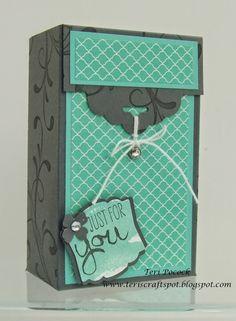 Scallop Tag Topper Gift Box - Video Tutorial! (Teri's Craft Spot)