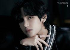 Namjoon, Bts Taehyung, Jhope, Seokjin, Hoseok, Taehyung Photoshoot, Foto Bts, Bts Photo, Jung Kook
