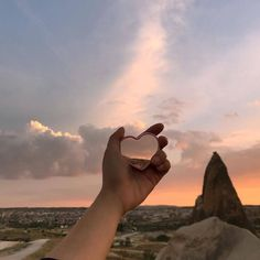 Find images and videos about girl, love and photography on We Heart It - the app to get lost in what you love. Aesthetic Photo, Aesthetic Pictures, My Little Beauty, Pretty Sky, Ciel, Pretty Pictures, Aesthetic Wallpapers, Nature, Scenery
