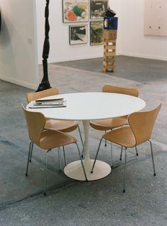 103 Chairs in Paris - Emanuele Zamponi © 2014