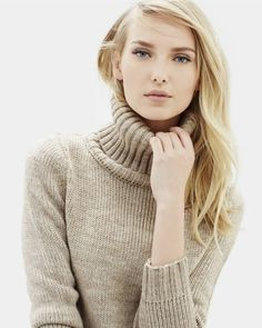 Winter Fashion Outfits, Sweater Fashion, Sweater Outfits, Sweater Dresses, Handgestrickte Pullover, Thick Sweaters, Sweater Weather, Cardigans For Women, Work Wear