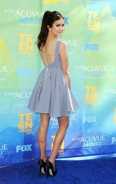 nina dobrev weight