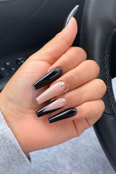 Black Matte Acrylic Nails, Long Black Nails, Acrylic Nail Designs Glitter, Black Marble Nails, Colored Acrylic Nails, Silver Nail Designs, Black Stiletto Nails, Black Coffin Nails, Silver Glitter Nails
