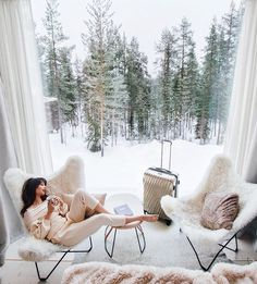 Dreaming of Finnish Lapland. The most perfect place to be this time of year. Tara Milk Tea, Treehouse Hotel, Living Vintage, Cosy Corner, Decoration, Perfect Place, Beautiful Places, Relax, Cozy
